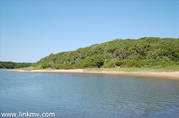 147 Middle Point Road, West Tisbury, MA