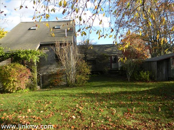49 Runner Road, West Tisbury, MA