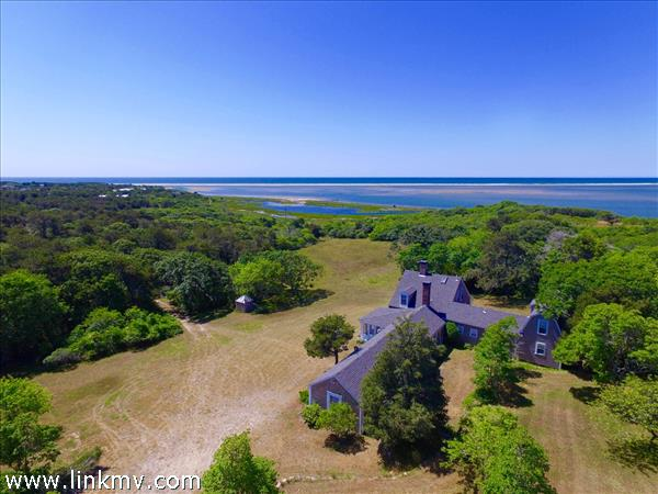 15 Maqua Way, Edgartown, MA