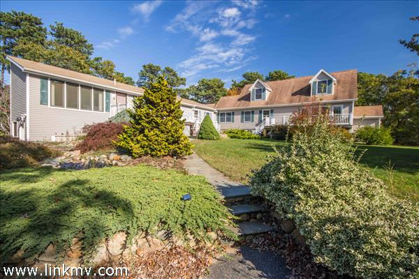 2 Ryans Way, Oak Bluffs, MA