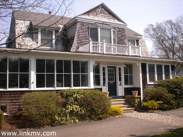 28 Edgartown Vineyard Haven Road