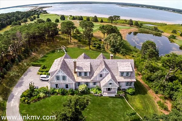6 Anthiers Lane, Oak Bluffs, MA