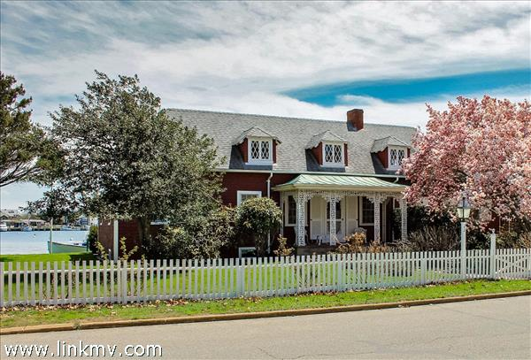 23 East Chop Drive, Oak Bluffs, MA