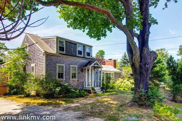 645 State Road, West Tisbury, MA