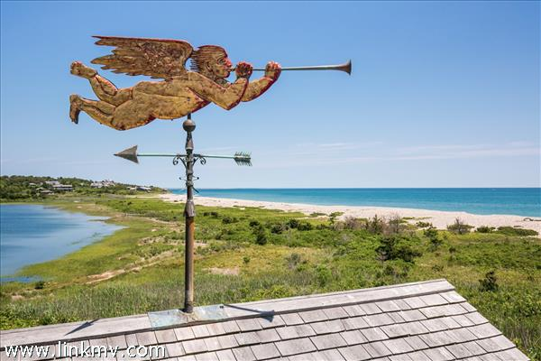 21 Eliot Avenue, Chilmark, MA