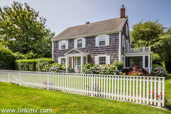 30 Pierce Lane, Edgartown, MA