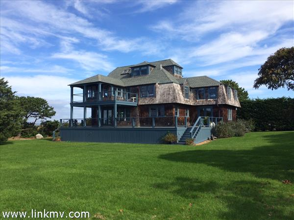 22 Cataumet Avenue, Vineyard Haven, MA
