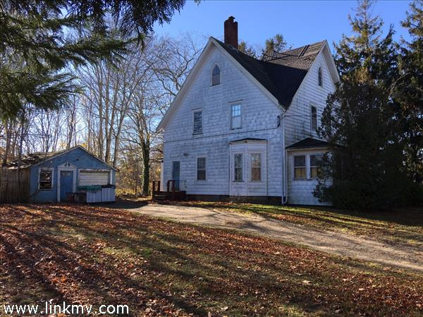 55 West William Street, Vineyard Haven, MA