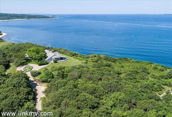 4 Windy Way West Tisbury MA