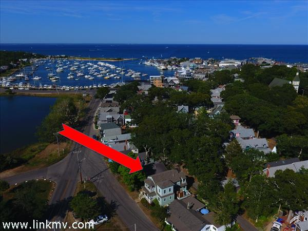 22 Siloam Avenue, Oak Bluffs, MA