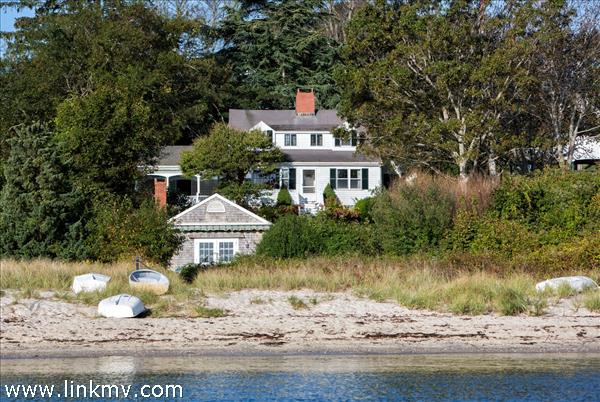 111 Main Street, Vineyard Haven, MA