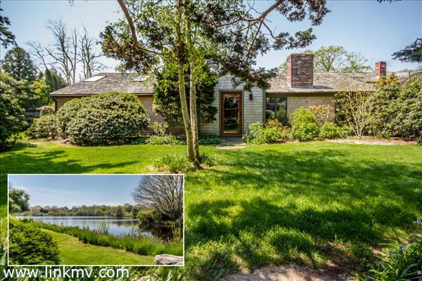 42 Looks Pond Way, West Tisbury, MA