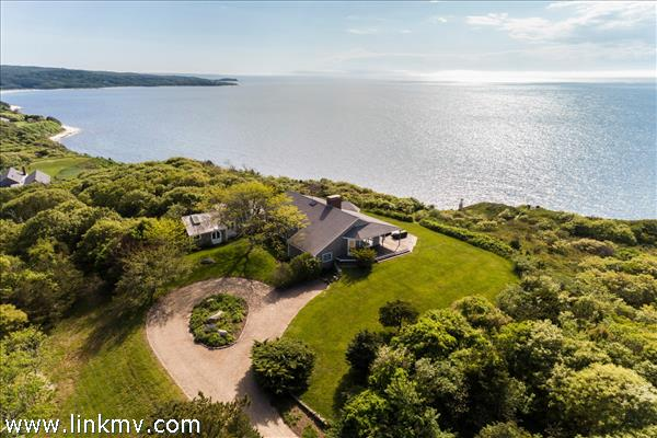 4 Windy Way, West Tisbury, MA