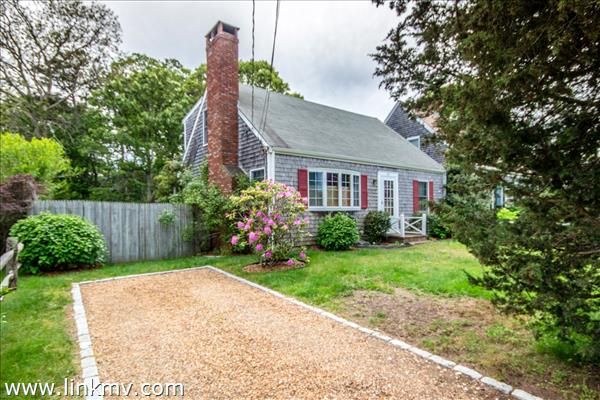 60 Pinehurst Lane, Edgartown, MA