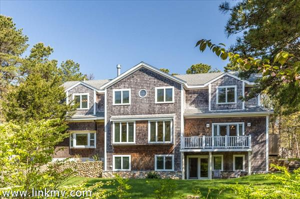 169 Greenwood Avenue, Vineyard Haven, MA