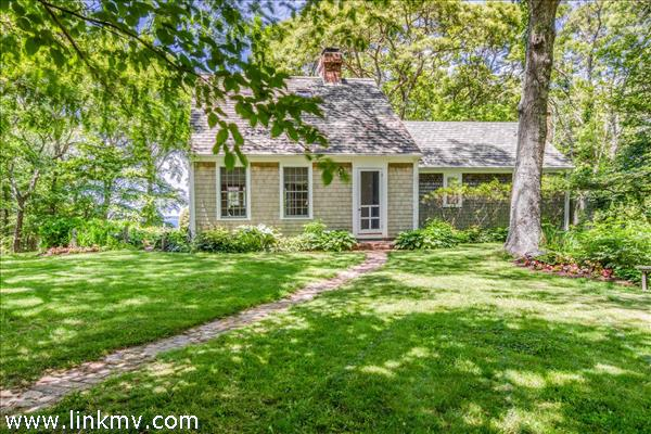 14 Mayhew Norton Road, West Tisbury, MA