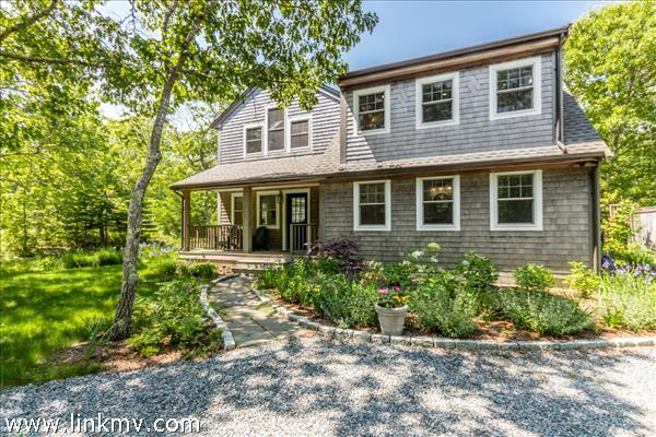 24 Sampson Avenue, Edgartown, MA