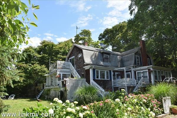 103 Tashmoo Avenue, Vineyard Haven, MA
