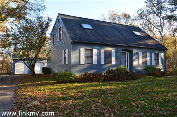 48 Meadow View Road, Oak Bluffs, MA