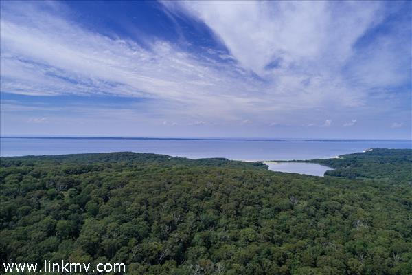 42 Fire Tower Road, West Tisbury, MA