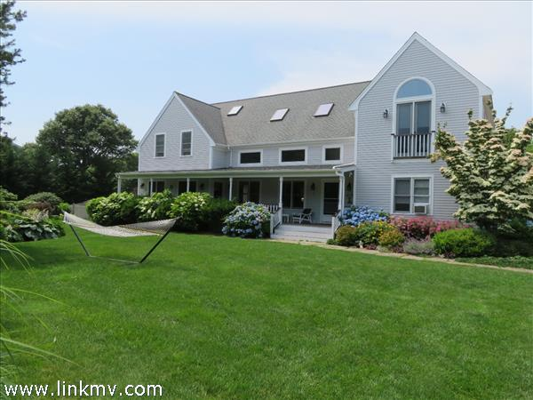 17 Thaxter Lane, Edgartown, MA
