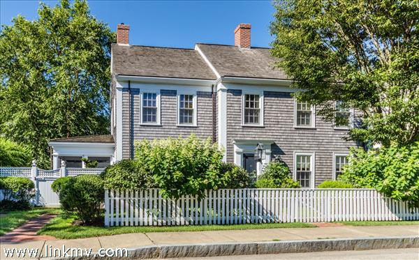 10 Norton Street, Edgartown, MA