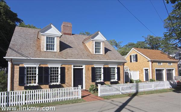 37 Cooke Street, Edgartown, MA
