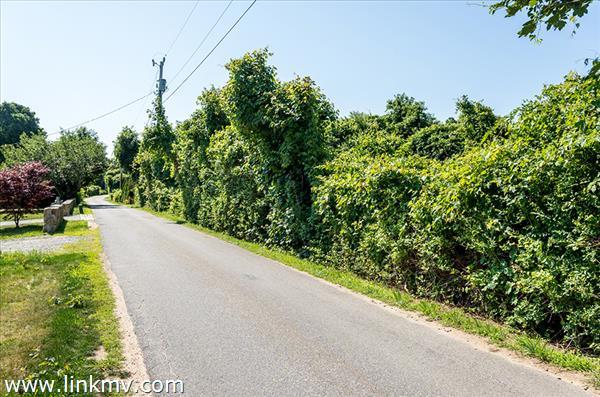 16 Mill Hill Road
