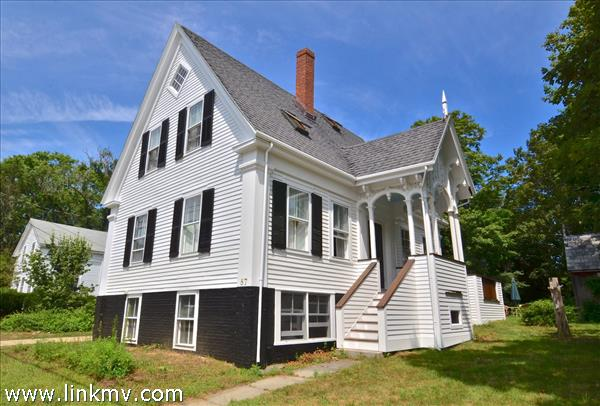 87 Center Street, Vineyard Haven, MA