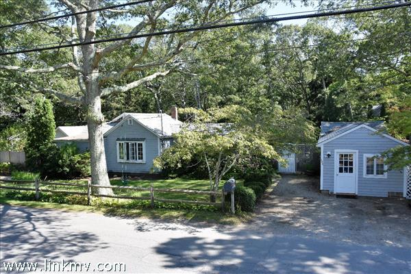 104 Greenwood Avenue, Vineyard Haven, MA
