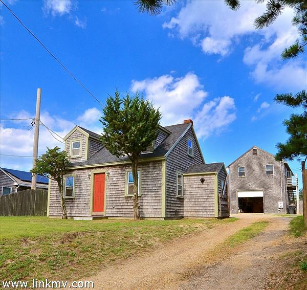 68 Lagoon Pond Road, Vineyard Haven, MA