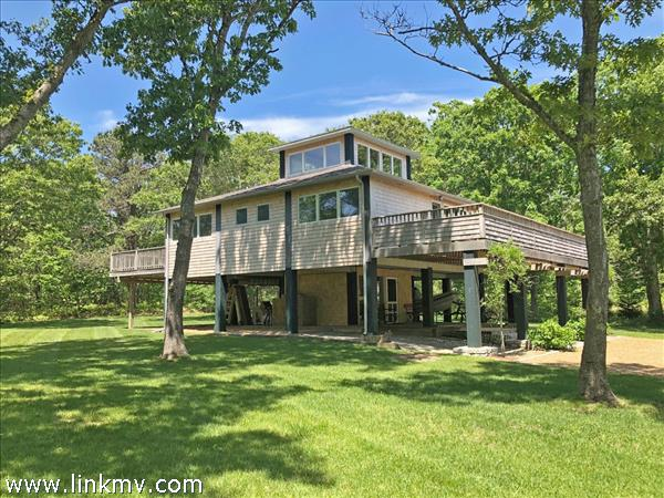 6 Mourning Dove Way, Oak Bluffs, MA