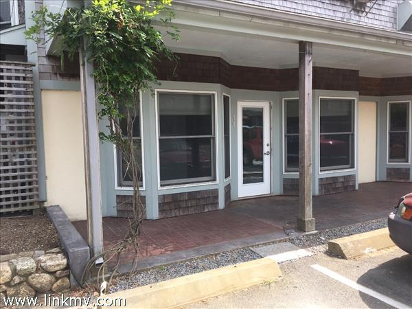 455 State Road, Vineyard Haven, MA