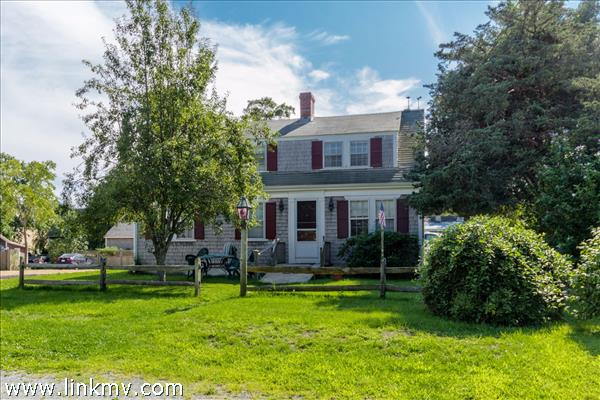 254 Upper Main Street, Edgartown, MA