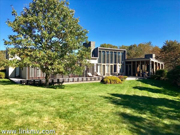 12 Oyster Pond Road, Edgartown, MA