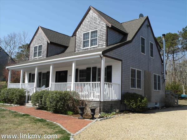 8 Chambers Way, Edgartown, MA
