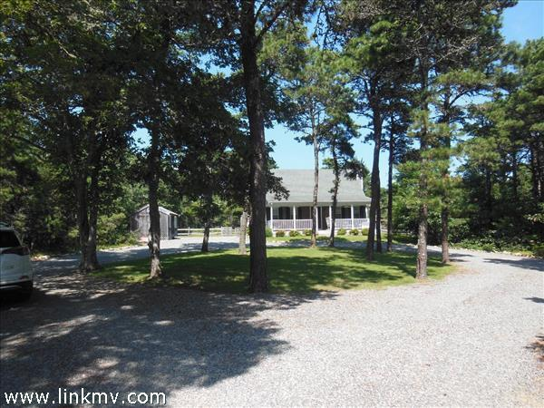 4 Quail Path, Edgartown, MA