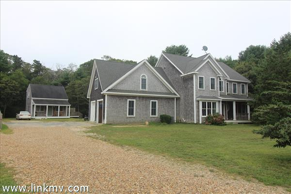 43 Cow Path, Vineyard Haven, MA