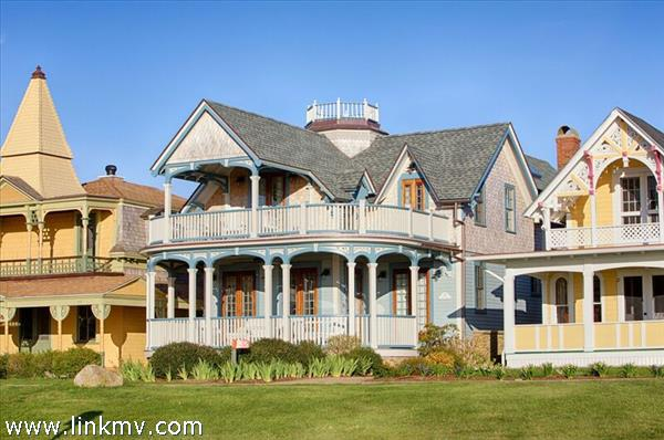 55 Ocean Avenue, Oak Bluffs, MA