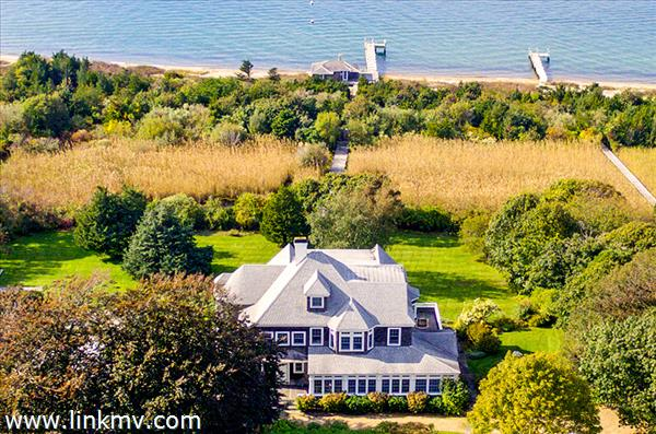 32 Temahigan Avenue, Oak Bluffs, MA