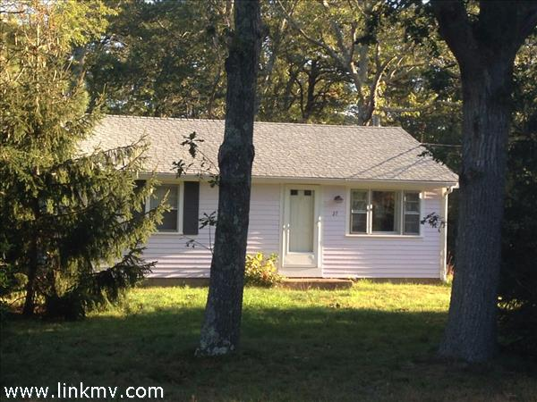 27 Eastville Avenue, Oak Bluffs, MA