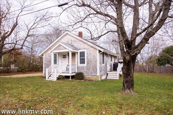 21 Forest Hill Avenue, Oak Bluffs, MA
