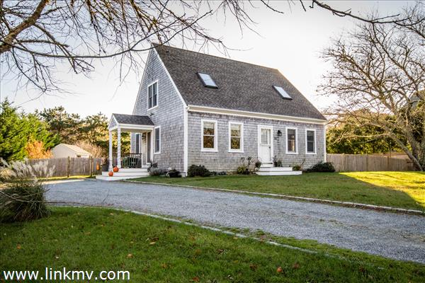 191 Spring Hill Road, Vineyard Haven, MA