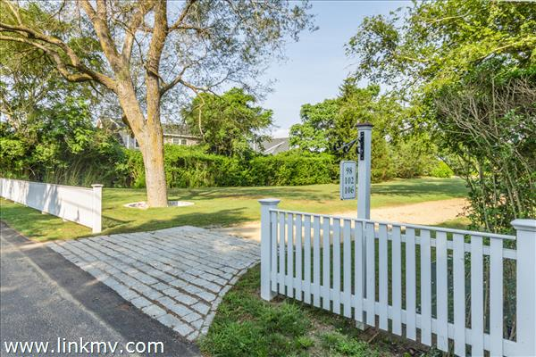 98 Peases Point Way North, Edgartown, MA