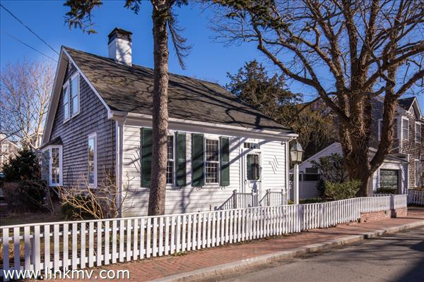 41 Winter Street, Edgartown, MA