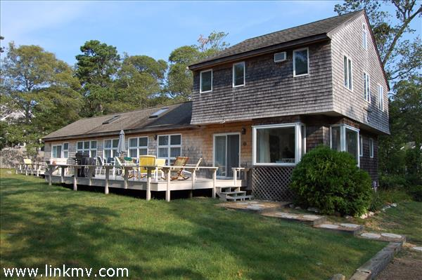 8 Marion Avenue, Oak Bluffs, MA