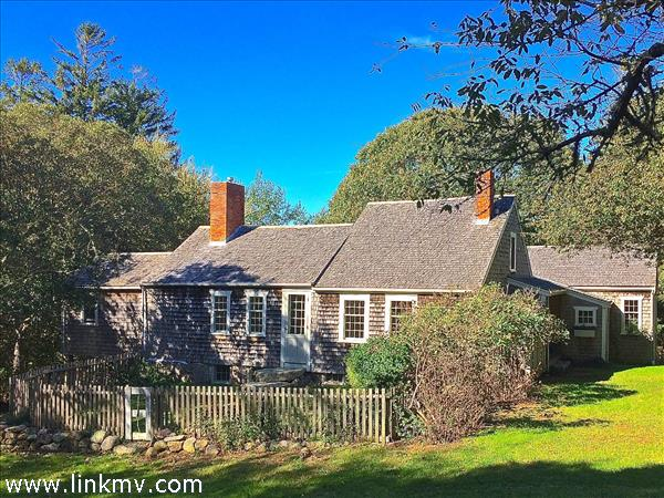 54 Mayhew Norton Road, West Tisbury, MA