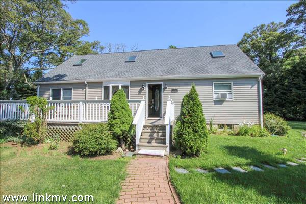 24 Fitchburg Avenue, Oak Bluffs, MA