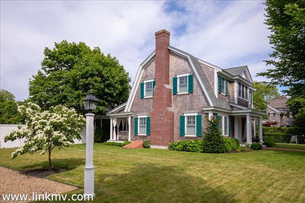 87 Cooke Street Edgartown MA