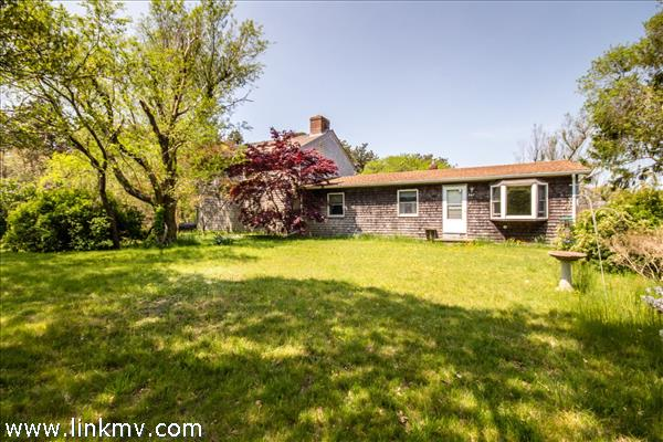507 Barnes Road, Oak Bluffs, MA